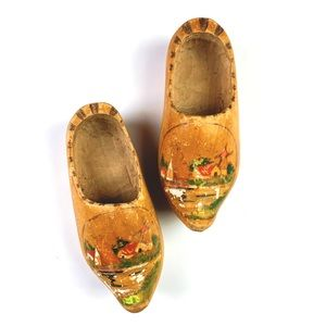 Vintage | Holland Wooden Clogs